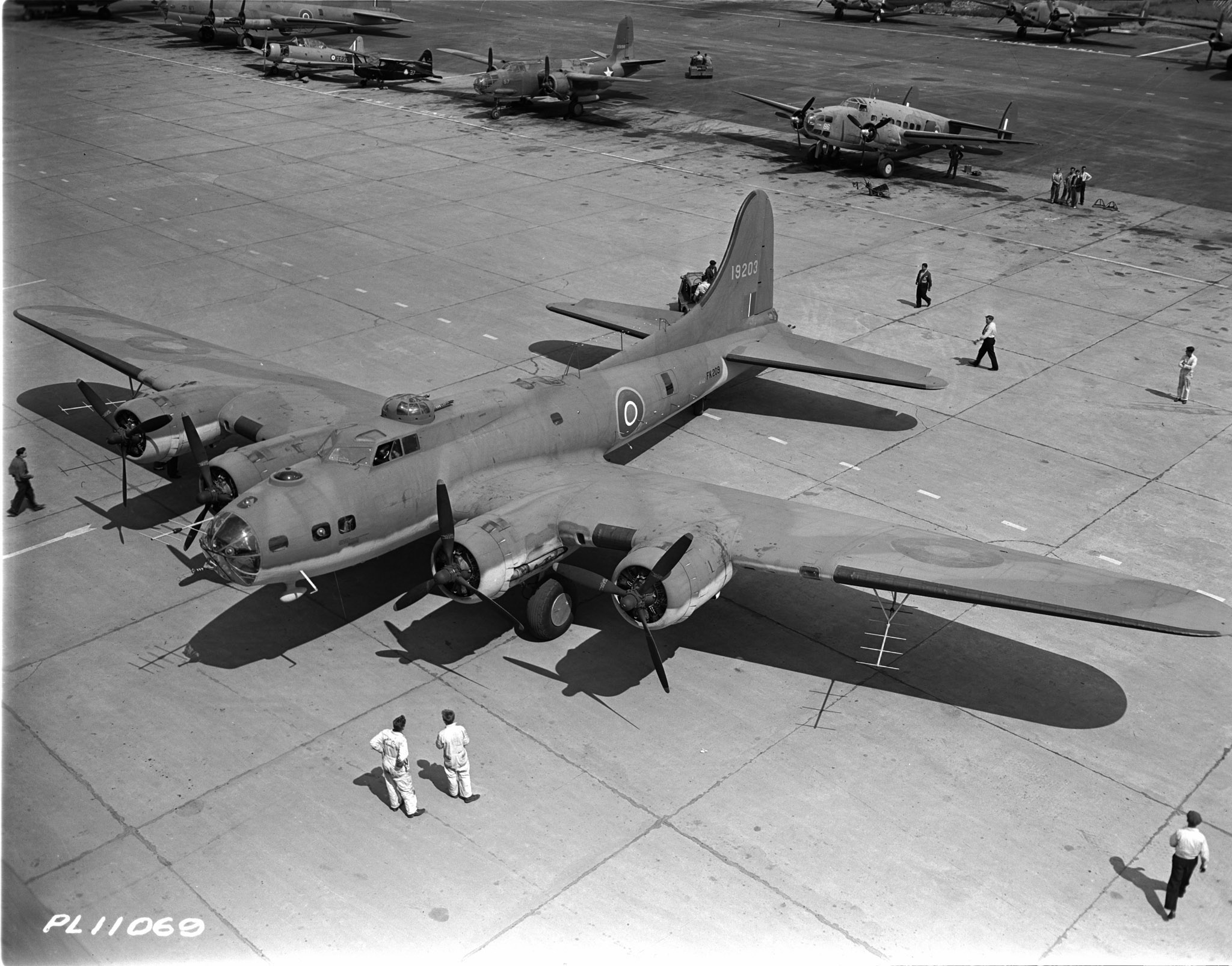 A Boeing B-17 Flying Fortress at Dorval Airport. PHOTO: DND Archives, PL-11069