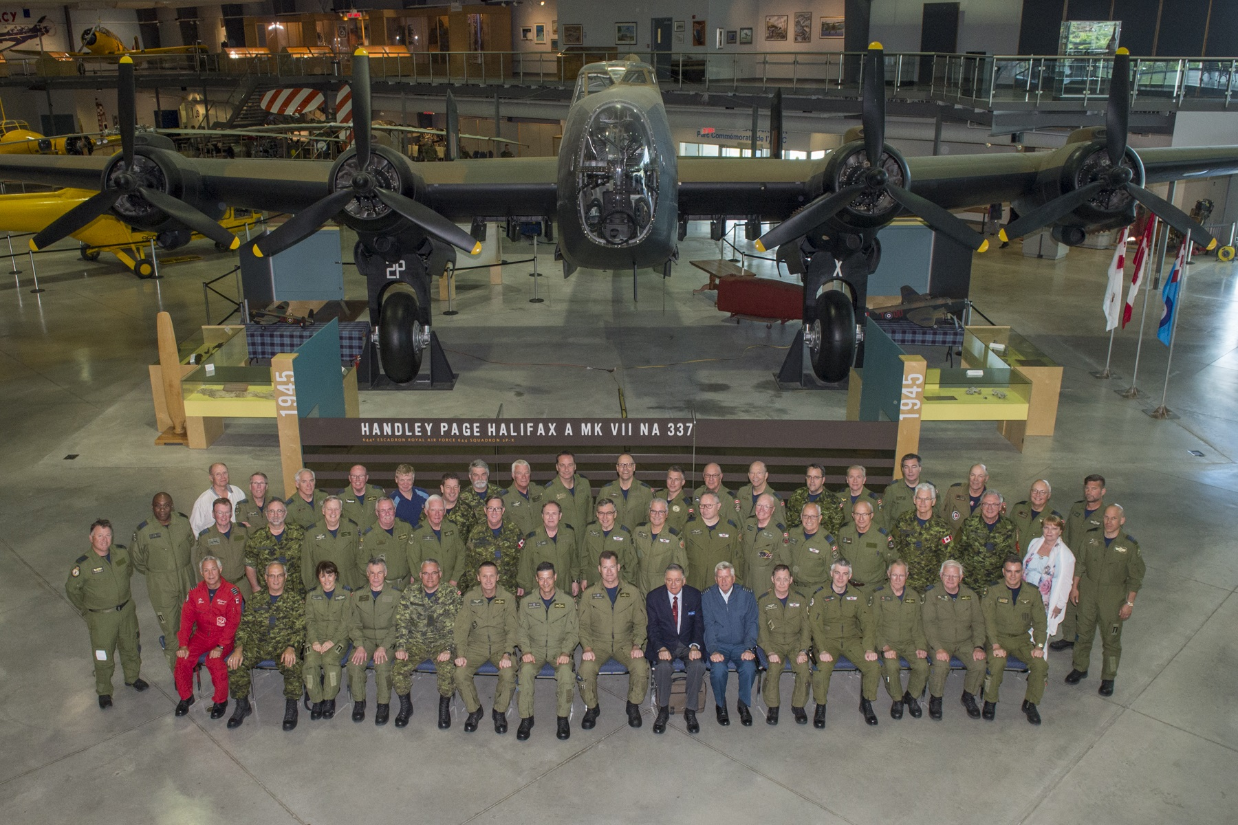 Photo of the Honorary Colonels at CFB Borden