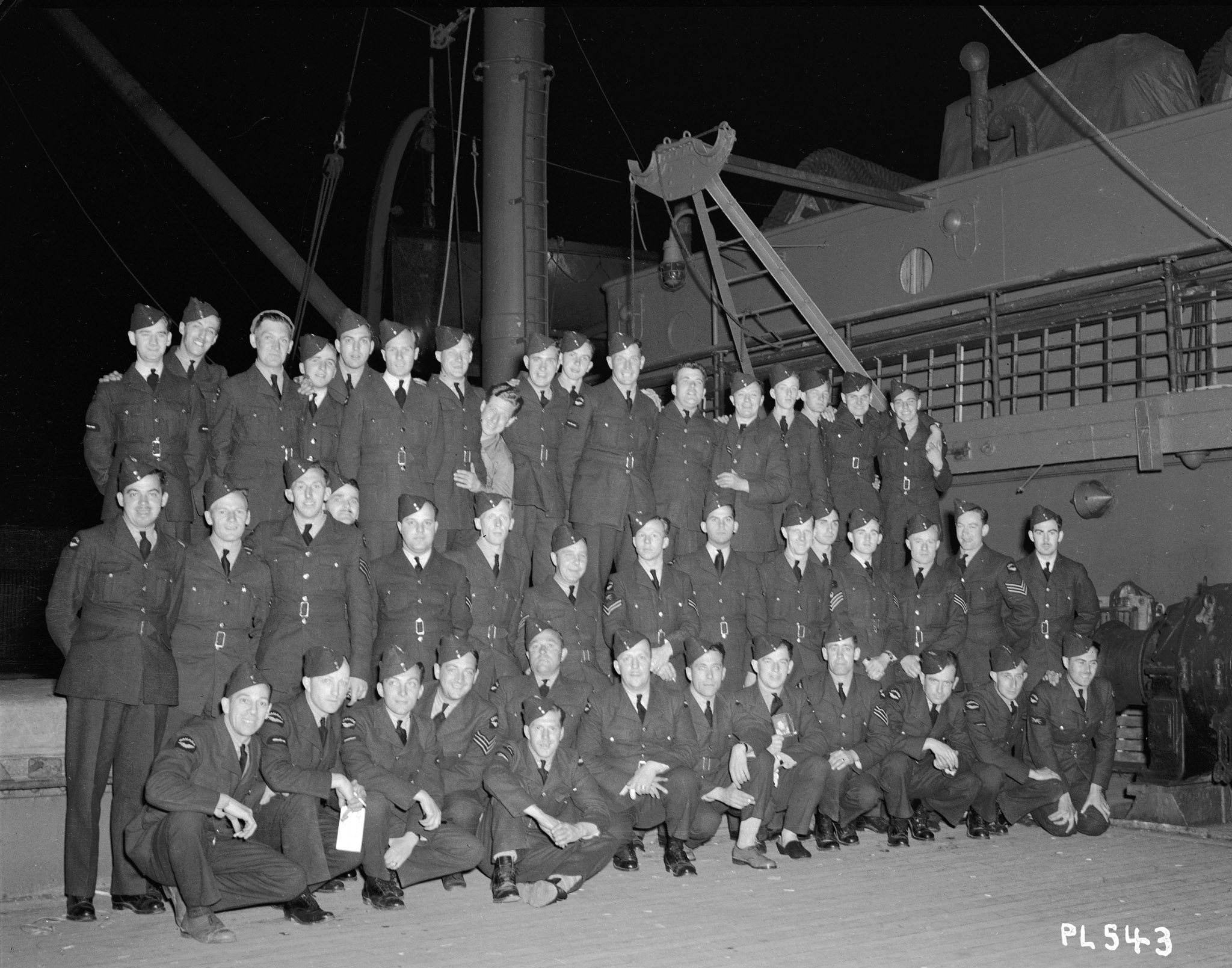 Members of No. 1 Squadron on board ship in Halifax, destined for Europe, on June 8, 1940.  PHOTO: DND Archives, PL-543