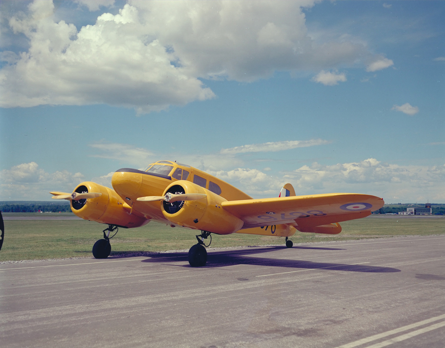 A Cessna Crane Mk 1 wears British Commonwealth Air Training Plan yellow on June 6, 1962. PHOTO: DND Archives, PCN-3871