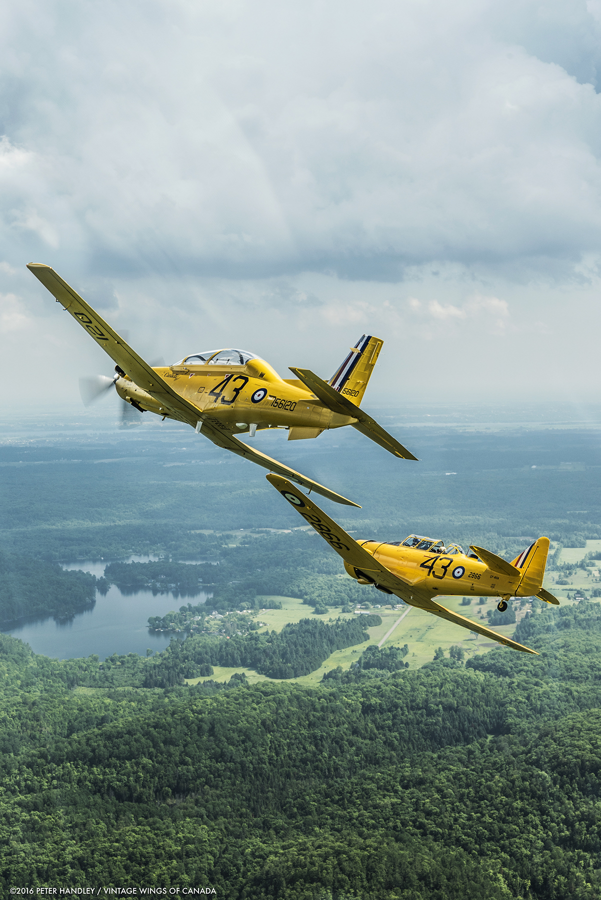 Through the diligent efforts of many, and in cooperation with NATO Flying Training in Canada (NFTC) program partner, CAE, the aircraft has been painted in a yellow Second World War British Commonwealth Air Training Plan paint scheme to commemorate the BCATP. PHOTO: ©2016 Peter Handley / Vintage Wings of Canada