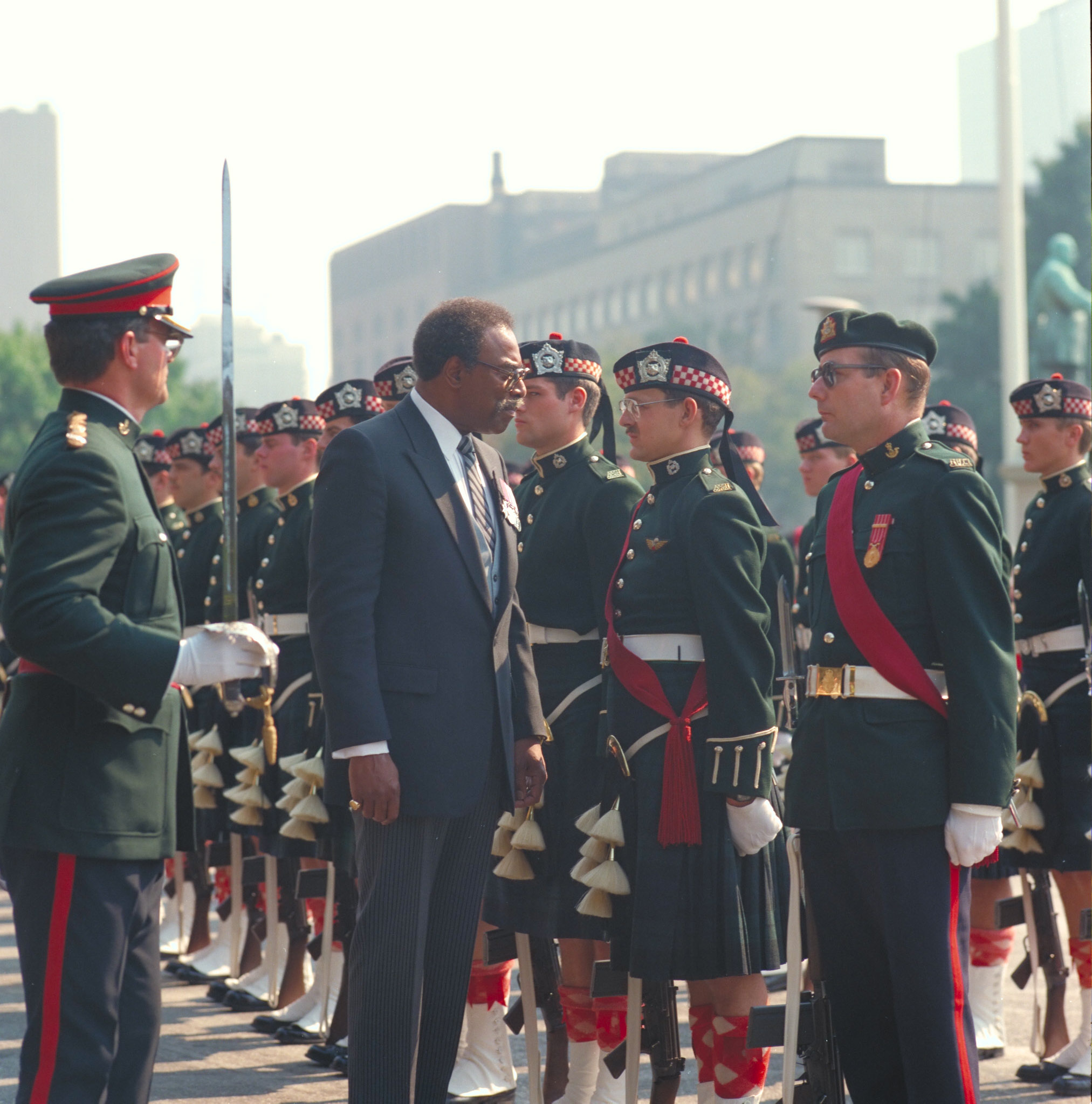 Lincoln Alexander inspects a Canadian Armed Forces guard of honour during his tenure as lieutenant governor of Ontario.