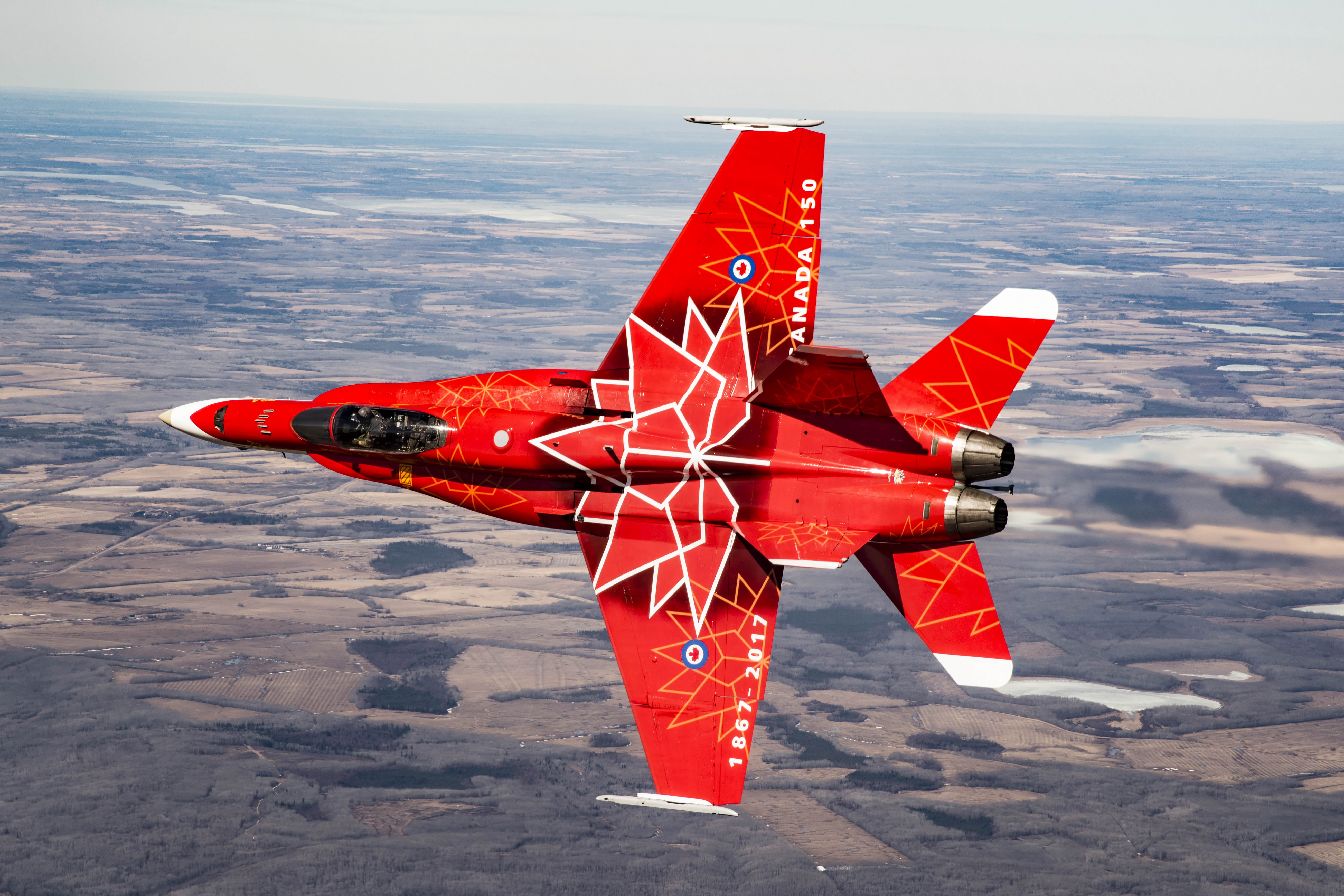 The 2017 CF-18 Demonstration Hornet. PHOTO: Corporal Manuela Berger, CK-01-2017-0278-011