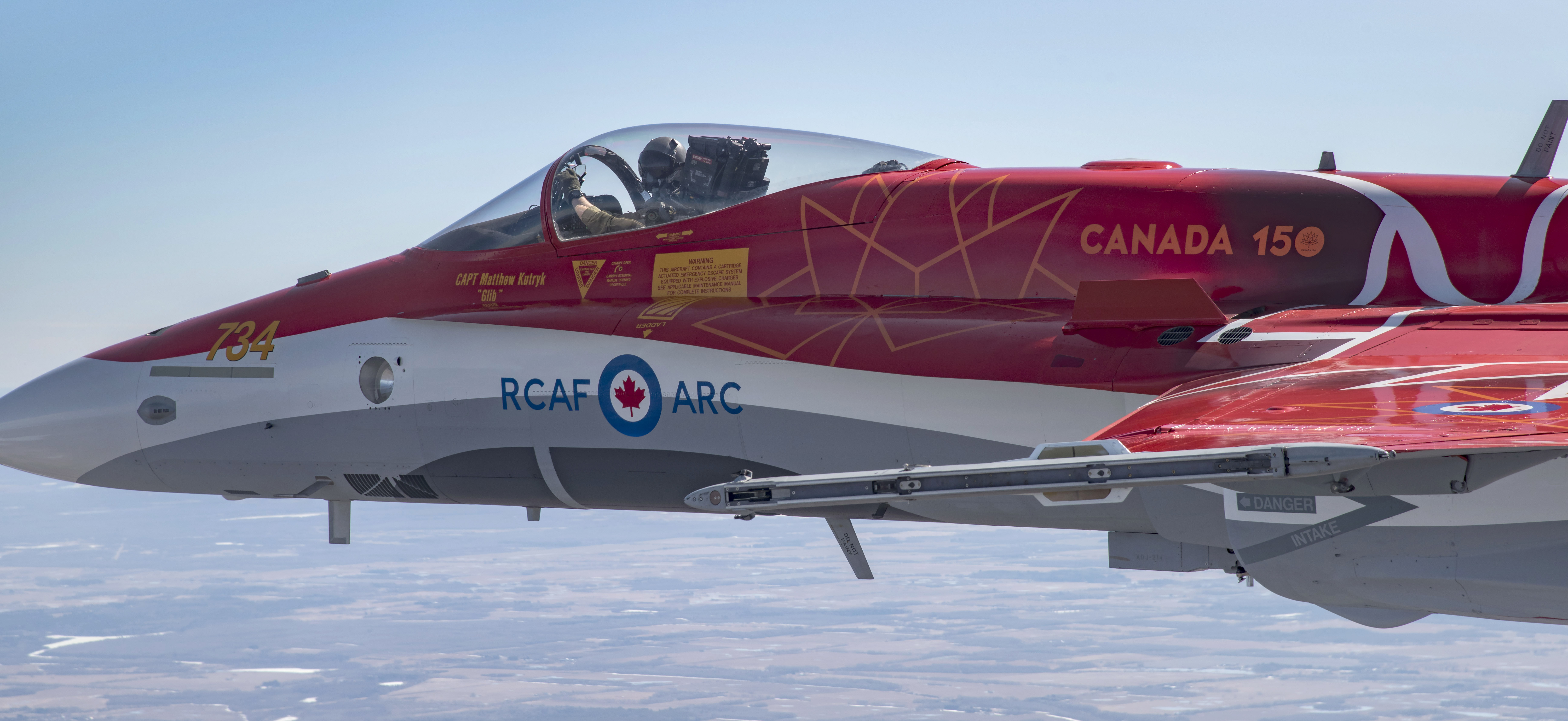 The 2017 CF-18 Demonstration Hornet. PHOTO: Corporal Manuela Berger, CK01-2017-0278-012