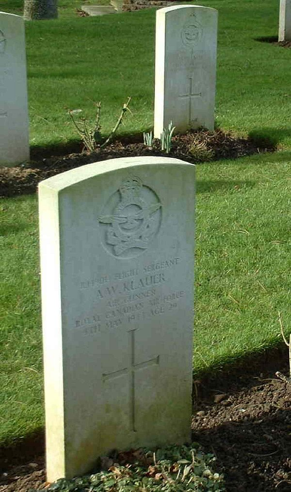 "Flight Sergeant Aloysius William ""Bill"" Klauer's gravemarker in the Stratford-on-Avon Cemetery in Warwickshire, England. PHOTO: Via Canadian Virtual War Memorial"