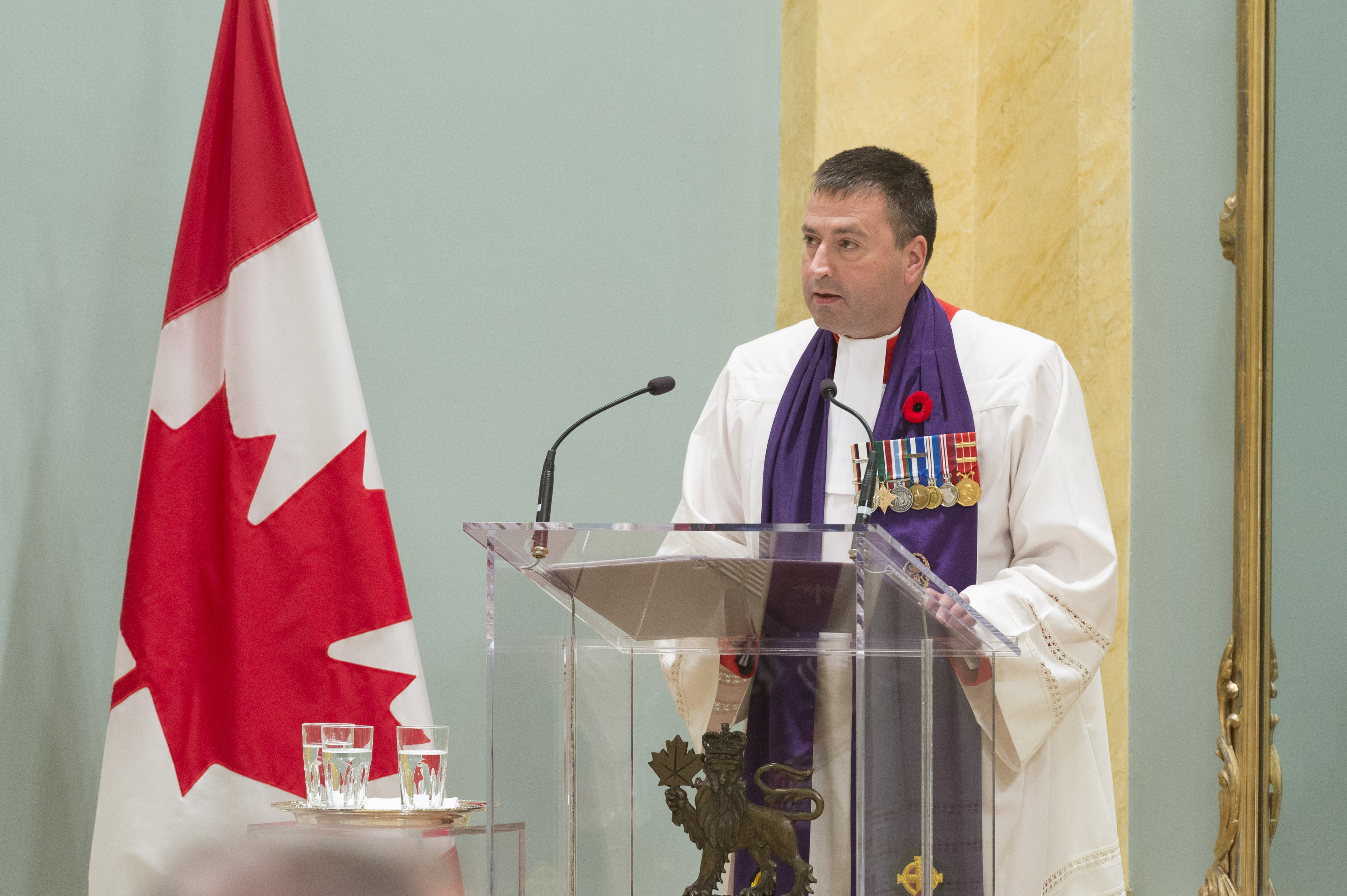 The Chaplain General of the Canadian Armed Forces, Major-General Guy Chapdelaine, offers prayers at the beginning Order of Military Merit induction ceremony on November 10, 2017. PHOTO: Sergeant Johanie Maheu, Rideau Hall © OSGG, GG05-2017-0395-006