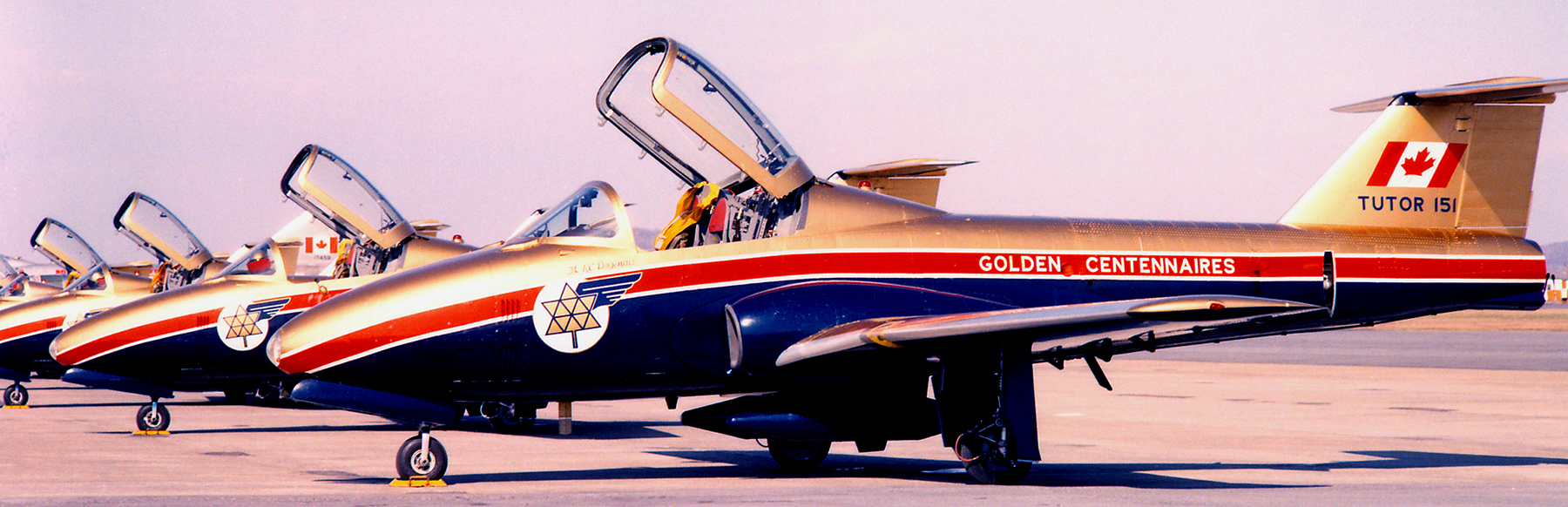 The Centennaires CT-114 Tutors display a paint scheme designed by Flight Lieutenant Geoff Bennet while he was serving at Training Command Headquarters in Winnipeg, Manitoba. PHOTO: Courtesy of Lieutenant-Colonel (retired) Dan Dempsey