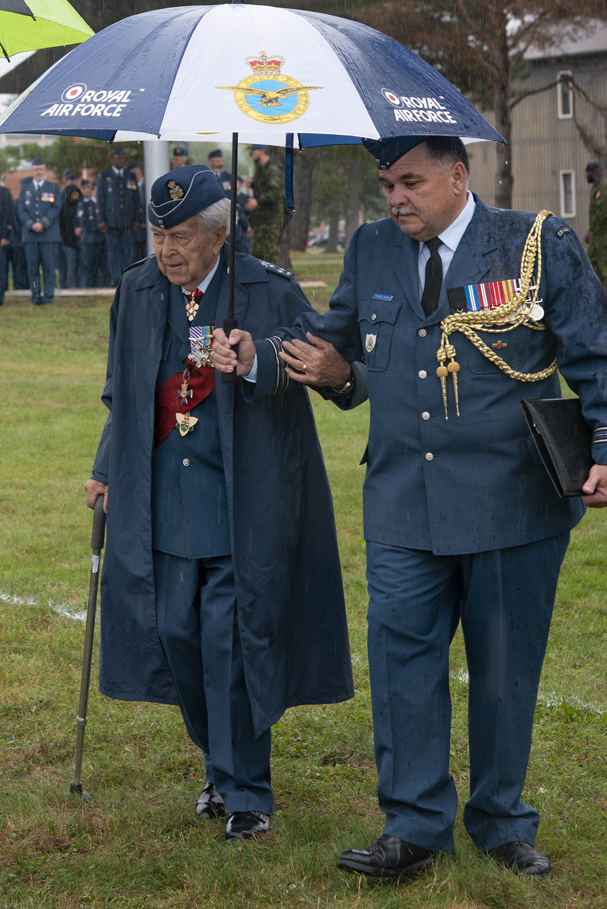 Honorary Lieutenant-General Major-General Retired Richard Rohmer (left) arrives with Major Richard Rangel-Bron at the 2019 Battle of Britain Parade at 16 Wing/Canadian Forces Base Borden, Ontario, on September 15, 2019. PHOTO: Corporal Lynette Ai Dang, BM10-2019-0306-004