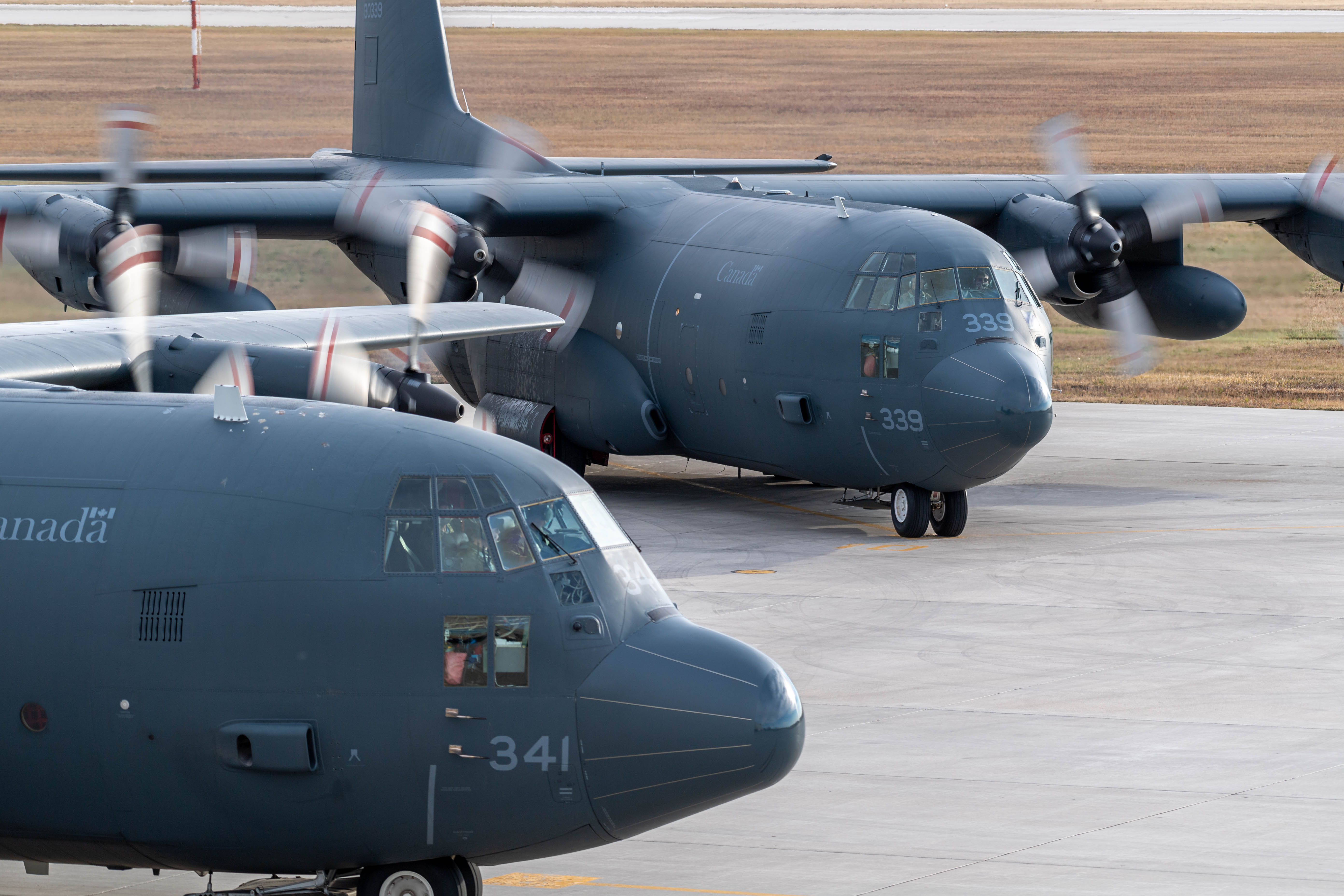 CC-130 Hercules aircraft rolling on the tarmac at 17 Wing Winnipeg, Manitoba, on October 13, 2020, before taking off to fly over Winnipeg to mark the 60th year of service of the aircraft in the Royal Canadian Air Force. PHOTO: Corporal Darryl Hepner